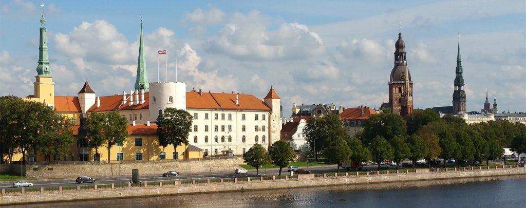Гражданские дела в Латвии и Германии